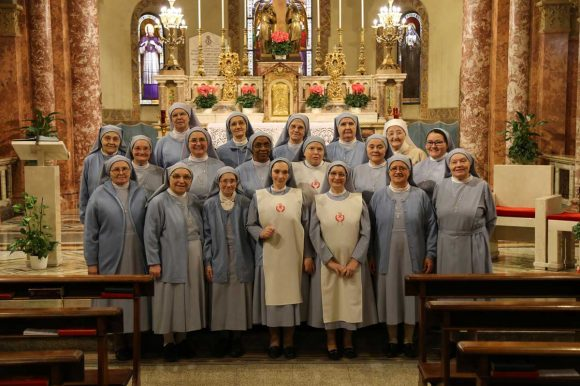 sorelle-San-Gaetano-foto-di-gruppo